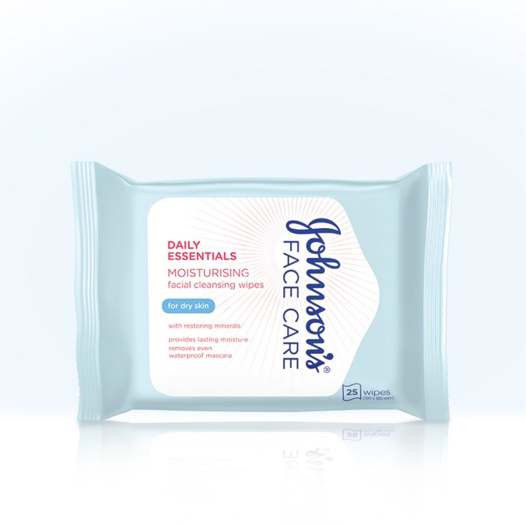 Daily Essentials Nourishing Facial Cleansing Wipes for Dry Skin product image
